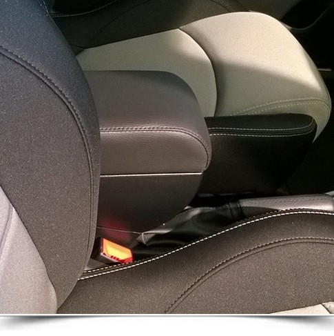 Adjustable Armrest with storage for Alfa Romeo Mito (2014>)