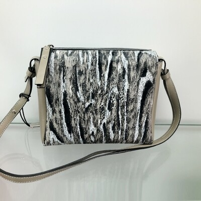 Kailey - Beige, black & white