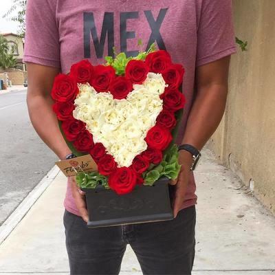 Corazón Rojo y Blanco