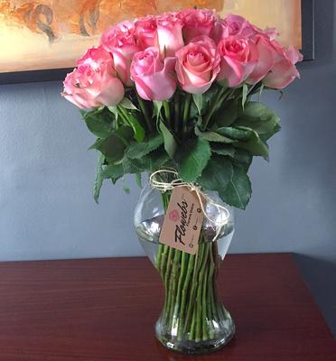 Jarron con 50 rosas