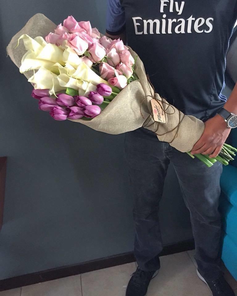 Bouquet Tulipanes, Alcatraces y Rosas