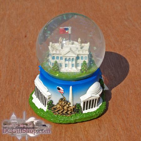 The White House Snow Globe - NT51