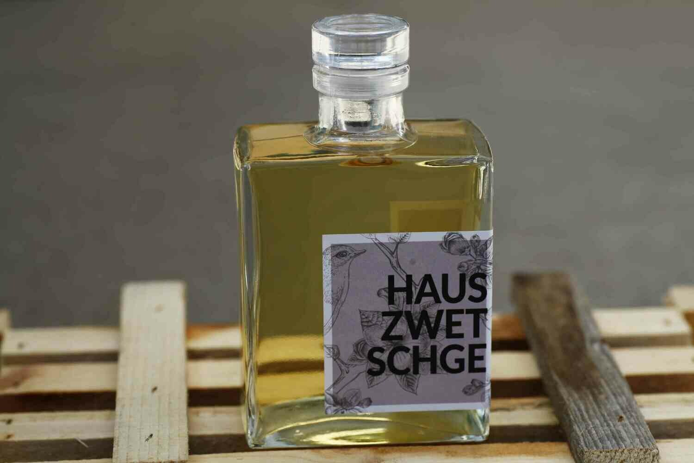 Hauszwetschge aus dem Eichenholzfass (Arno Issing)