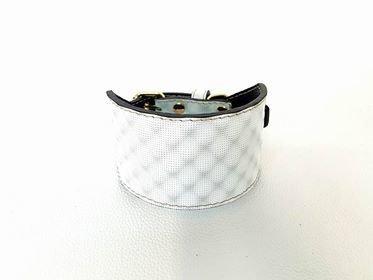 Mod. Pearl-White