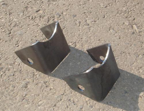 Кронштейн крепления заднего амортизатора для а/м до 08-2009г. (комплект)