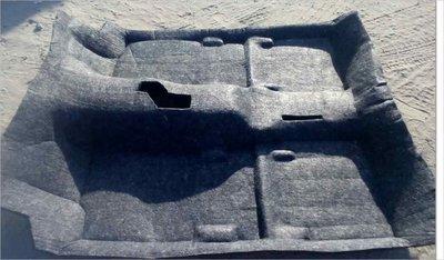 Шумоизоляция ковро-формованная по днищу кузова. 3-х дв