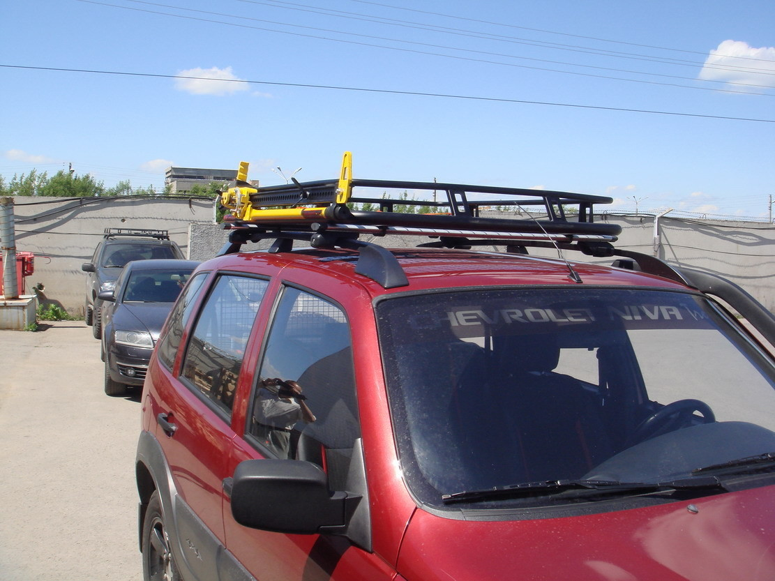 Багажник экспедиционный с креплением на рейлинги (длина 136 см)