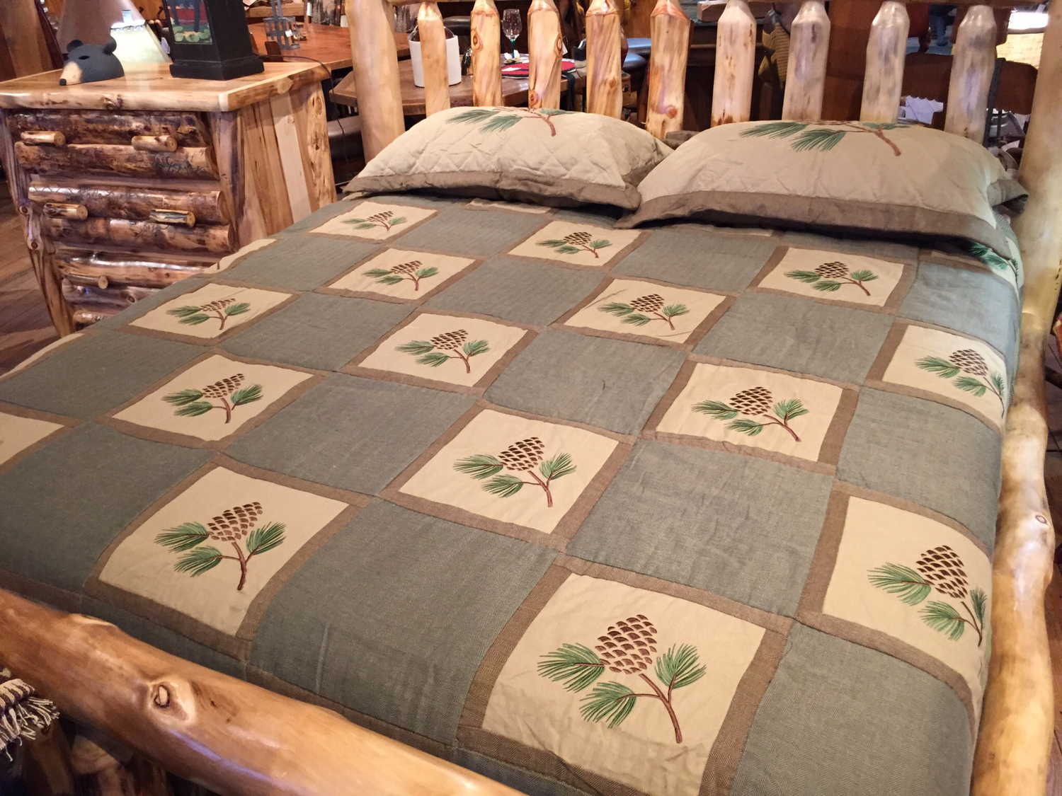Pineview King Quilt