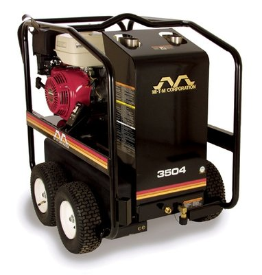 MiTM HSP-2403-3MGR 2.6 GPM Hot Water Pressure Washer