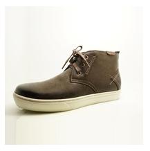 Chukkaa Sneakers (400 Pairs)