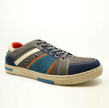 Shopping Sneakers (400 Pairs)