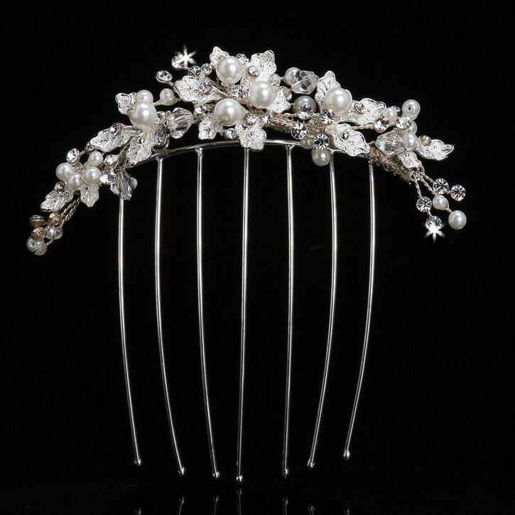 Pearl Bead Bridal Veil Comb by ENVOGUE ACCESSORY'S