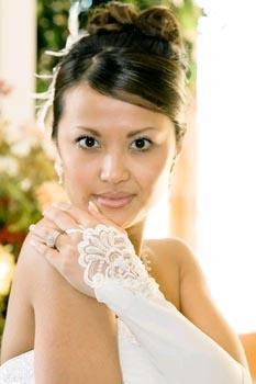 EMBELLISH FINGERLESS GLOVES  BY WEDDING FACTORY DIRECT