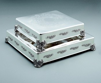 Classic & Contemporary Wedding Cake Stand