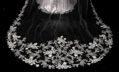 U Shape Floral Design by 1ST CLASS BRIDAL
