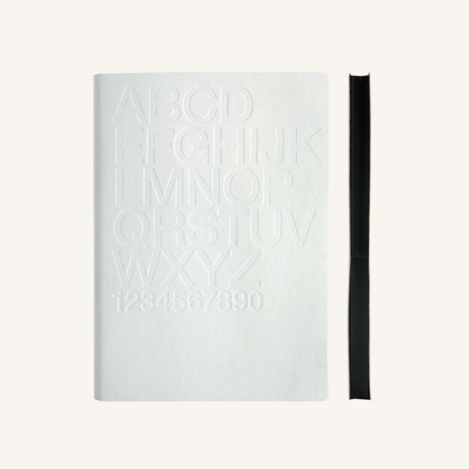 Signature Gutenberg vonalas jegyzetfüzet - A5 , Helvetica,fehér
