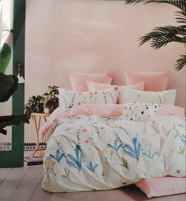 Santiara Bedding Set