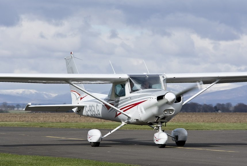 Future Pilot Starter Pack with 1 Full Flying Lesson and 12 Months Membership