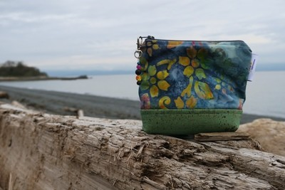 Small Carry Case -Batik floral