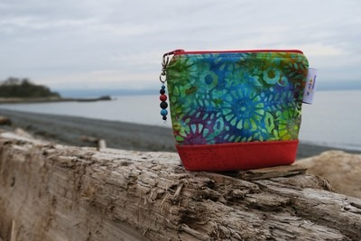Small Carry Case -multi colour batik