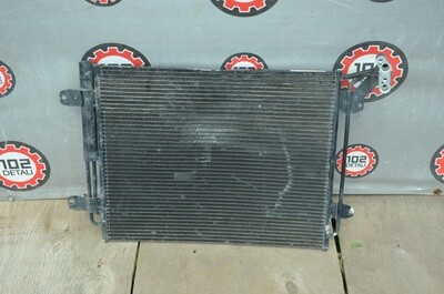 Радиатор кондиционера Volkswagen Tiguan