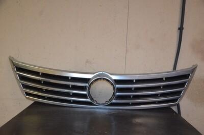 Решетка радиатора Volkswagen Passat CC Рестайлинг