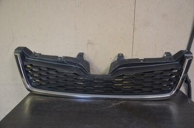 Решетка радиатора Subaru Forester S13