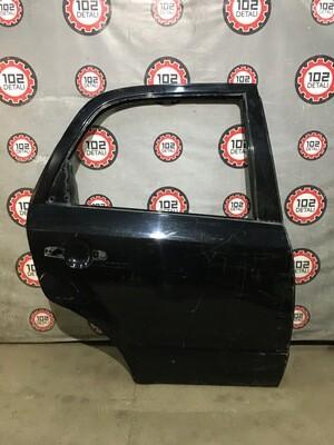 Дверь задняя правая Suzuki SX4