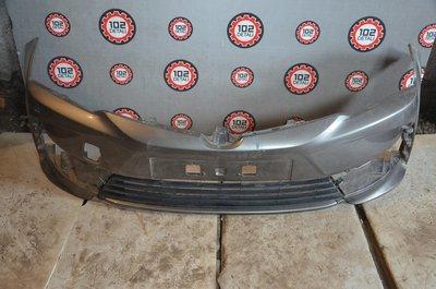 Бампер передний Toyota Corolla E180 Рестайлинг