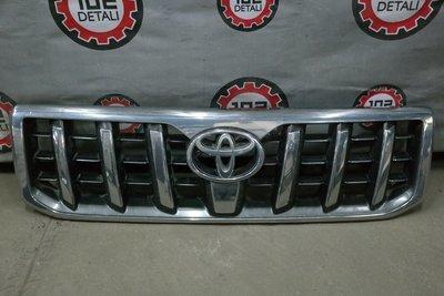 Решетка радиатора Toyota Land Cruiser 120 Prado (02-09)