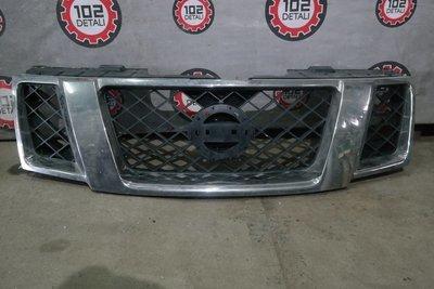 Решетка радиатора Nissan Navara (D40) (2005-2015)