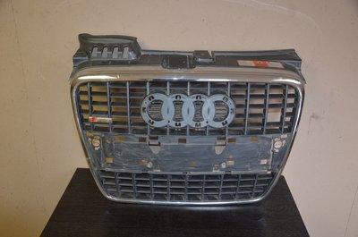 Решетка радиатора Audi A4 / S4 S-Line
