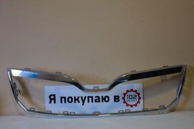 Молдинг решетки радиатора Skoda Superb
