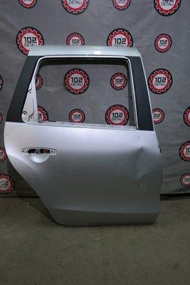 Дверь задняя правая Nissan Terrano