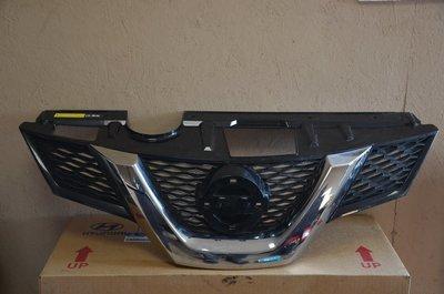 Решетка радиатора Nissan X-Trail T32