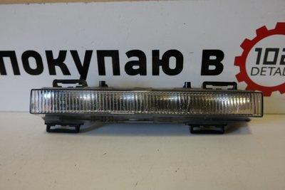 Фара дневного света правая Mercedes Benz W166 LED