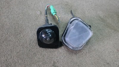 камера правого зеркала Lexus LX570