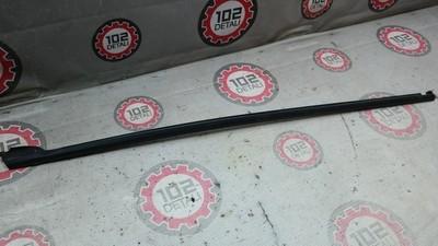 Накладка стекла заднего правого для Skoda Rapid 2013>
