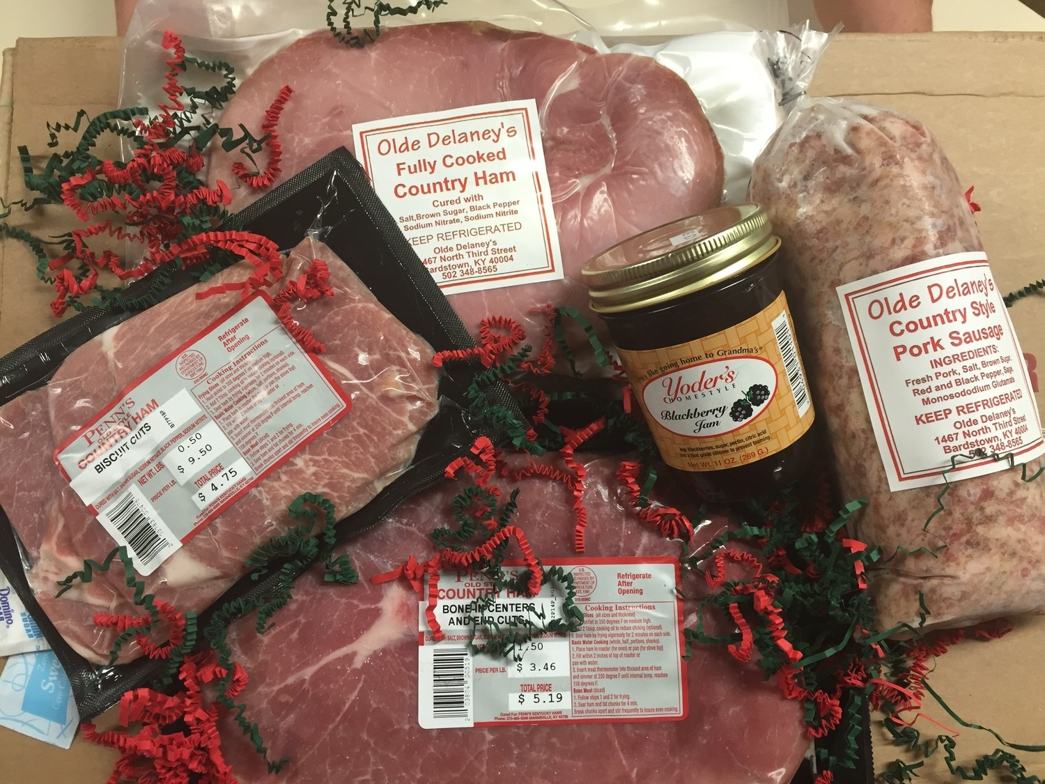 """Gift Box 1 """"Breakfast Gift Pack"""" ( 1 1/2 lbs frying Ham, 1/2lb Biscuit Cut Frying Ham, 1 1/2lbs Country Sausage, 1/lb Fully cooked Country Ham, 1 Jar Blackberry Jam)"""
