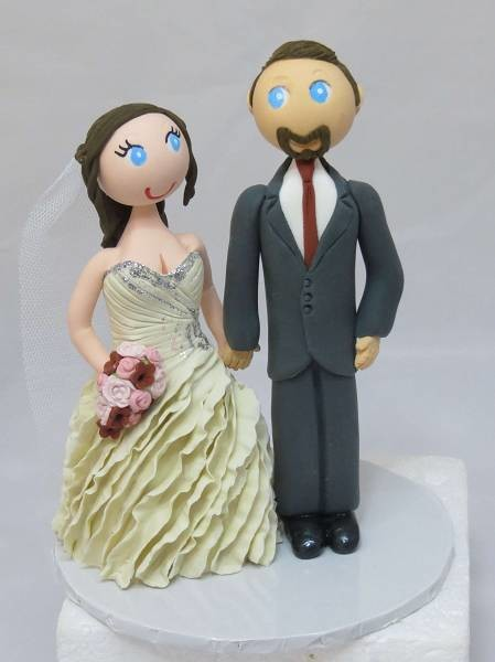 Standing Bride & Groom on round base board