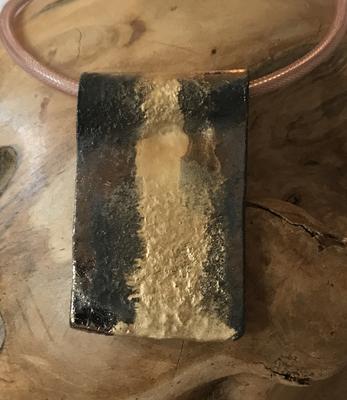 Anhänger Keramik braun metallic/gold