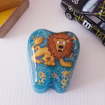 Lion Tooth Fairy Box