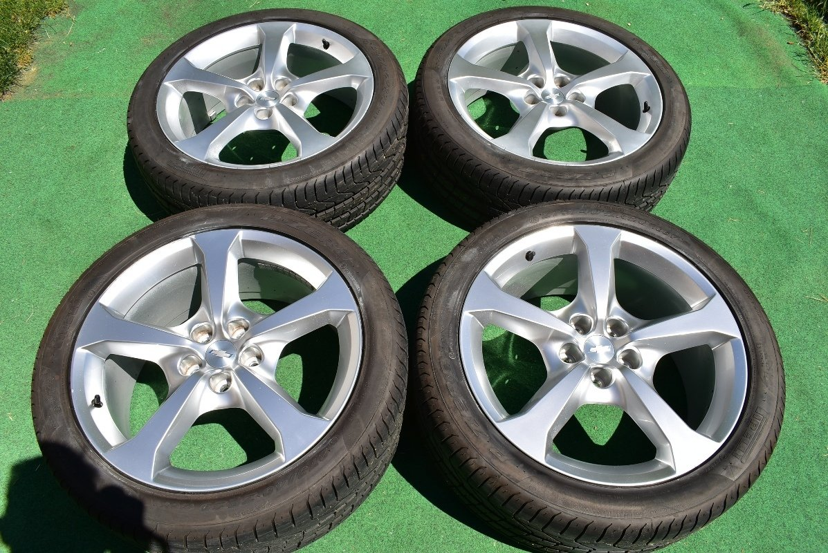 """20"""" CHEVROLET CAMARO SS 20"""" OEM FACTORY STAGGERED WHEELS Bright Silver tire TPMS"""