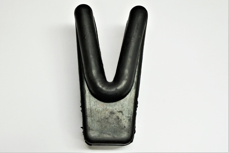 Panther V-Block, Rubber, Transom Saver