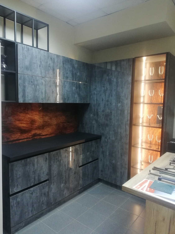 Кухонный гарнитур 84