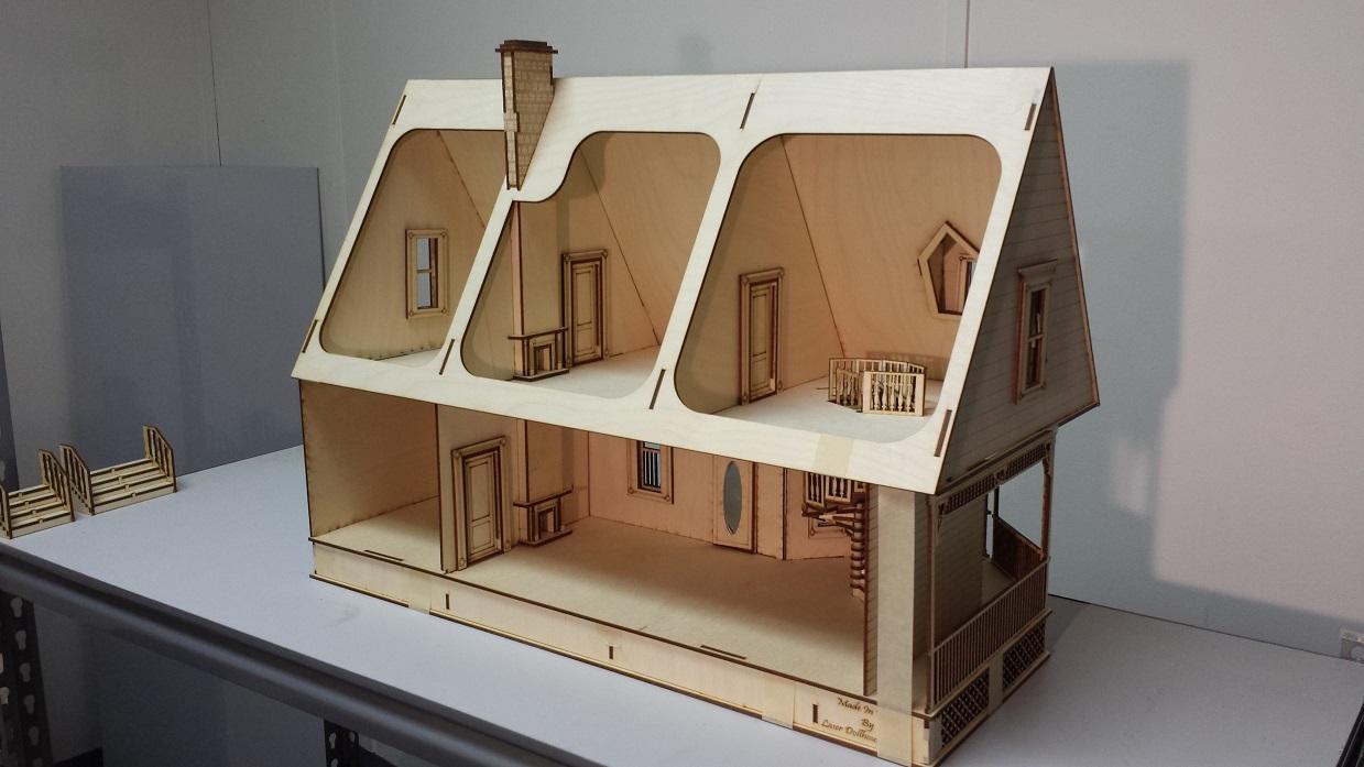 Alisha Country Dollhouse 1 24 Scale