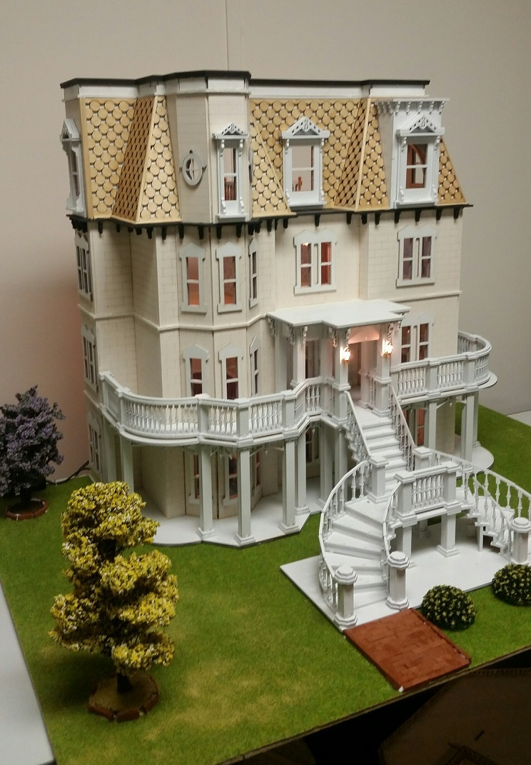Hegeler Carus Masion 1 24 Scale Dollhouse