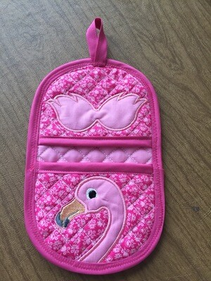Flamingo oven mitt machine embroidery in the hoop design