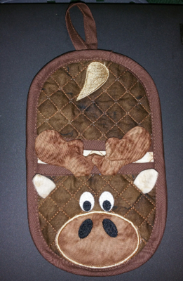 Moose oven mitt machine embroidery in the hoop design