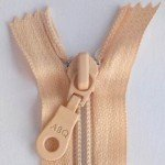 A B Q Designer Bag Zipper Vanilla Cream